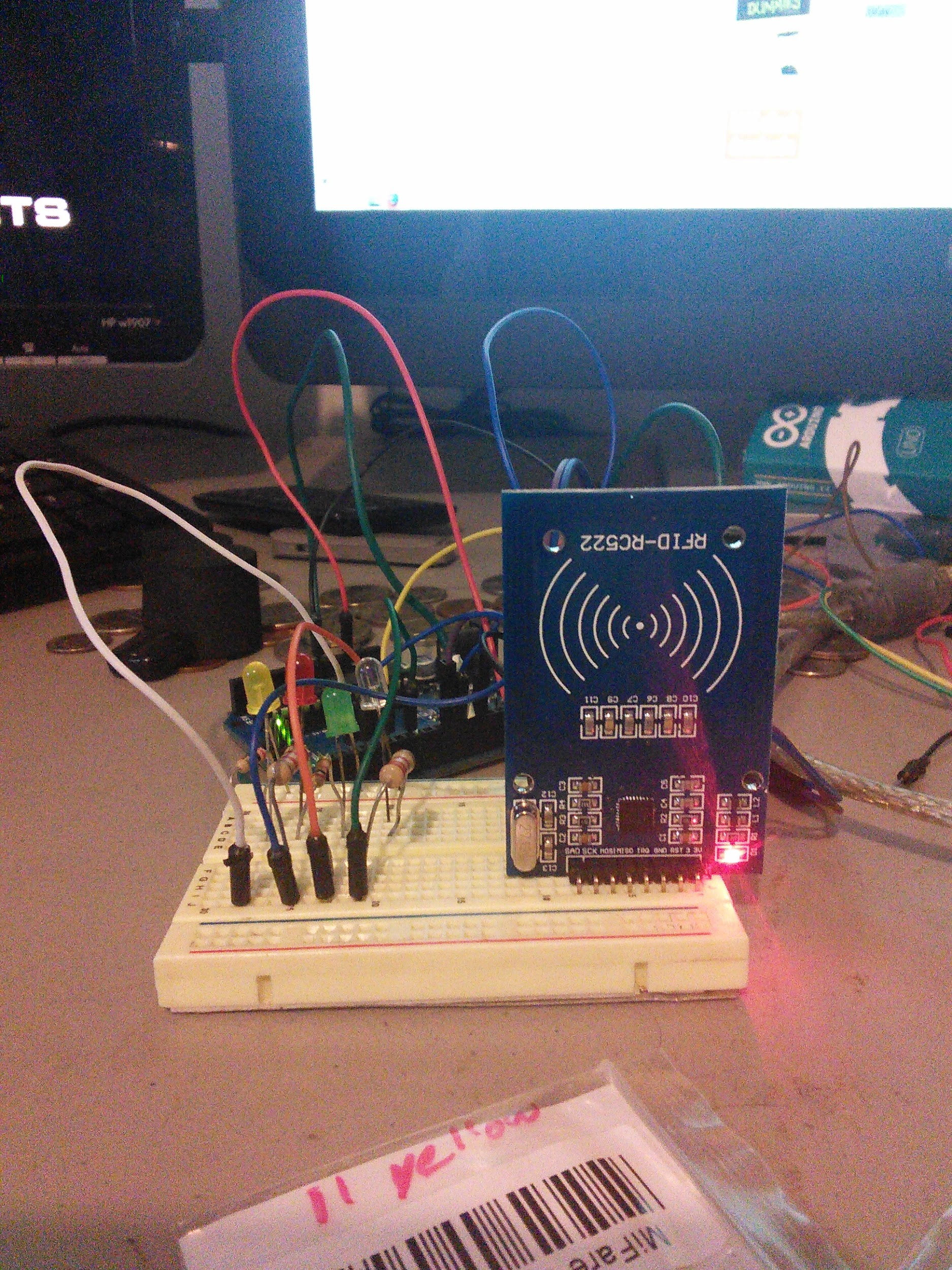 Mifare RFID reader RC522 - Arduino Projects